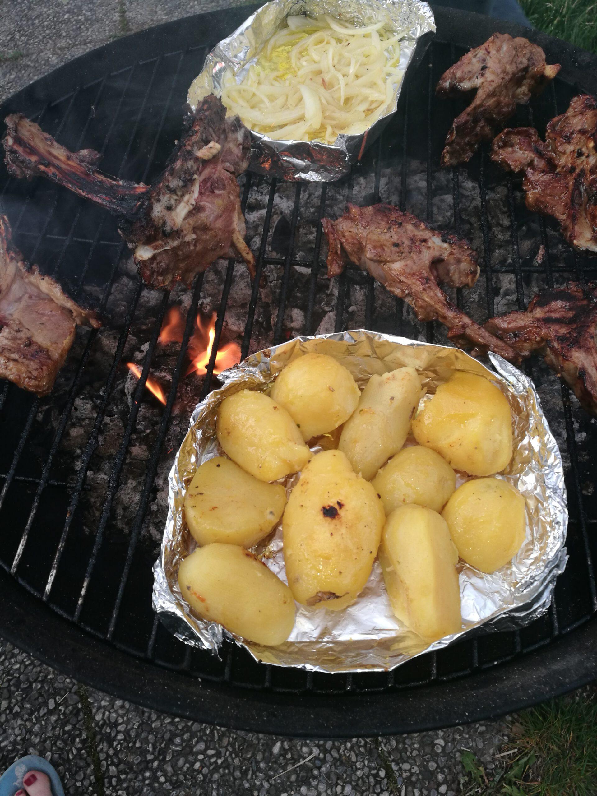 Tipps für perfekte Grillkartoffeln